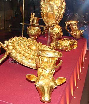 gold and silver thracian artifacts